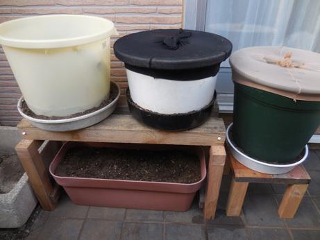 手作り植木鉢コンポストコーナー_d0020309_15360273.jpg