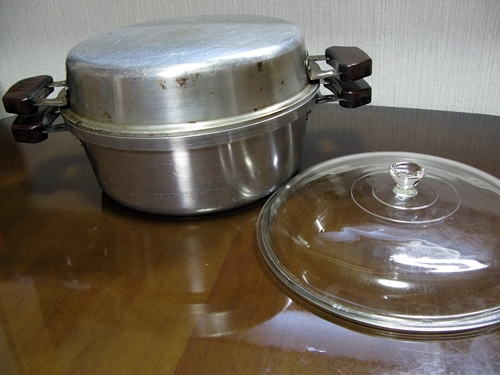 無水鍋_f0129726_18372680.jpg