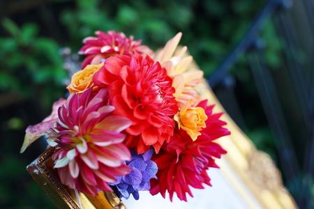 秋の装花 シェ松尾松濤レストラン様へ ダリア、生命の色_a0042928_17412629.jpg