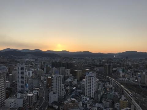 11月24日 広島の朝_a0317236_12505468.jpeg
