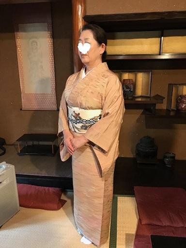 お煎茶の会・お客様の着物姿・伊藤若冲のカニの帯。_f0181251_14585347.jpg