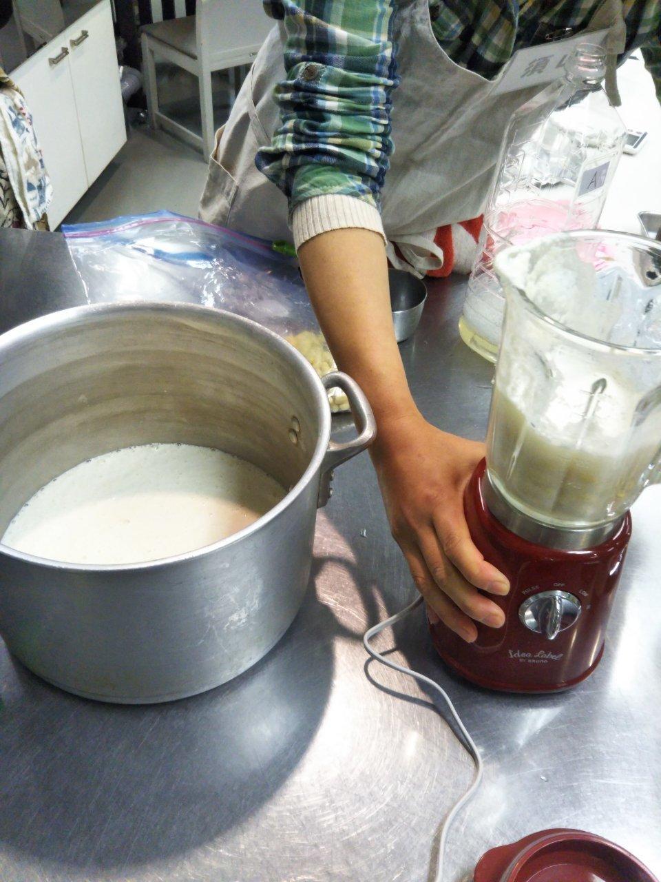 ー食育フェスー②豆腐屋さんになってみよう! 終了報告_b0297136_12432231.jpg
