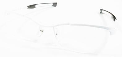 999\'9(フォーナインズ)ニューコレクション「眼鏡は道具である。原点のもっと先へ。もの創りのもっと奥へ」新作メタルフレームSP-11T入荷!_c0003493_11320194.jpg