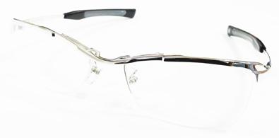 999\'9(フォーナインズ)ニューコレクション「眼鏡は道具である。原点のもっと先へ。もの創りのもっと奥へ」新作メタルフレームSP-11T入荷!_c0003493_11325267.jpg