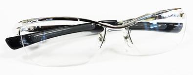 999\'9(フォーナインズ)ニューコレクション「眼鏡は道具である。原点のもっと先へ。もの創りのもっと奥へ」新作メタルフレームSP-11T入荷!_c0003493_11325270.jpg