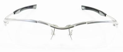 999\'9(フォーナインズ)ニューコレクション「眼鏡は道具である。原点のもっと先へ。もの創りのもっと奥へ」新作メタルフレームSP-11T入荷!_c0003493_11331239.jpg