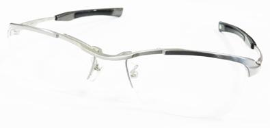 999\'9(フォーナインズ)ニューコレクション「眼鏡は道具である。原点のもっと先へ。もの創りのもっと奥へ」新作メタルフレームSP-11T入荷!_c0003493_11331265.jpg