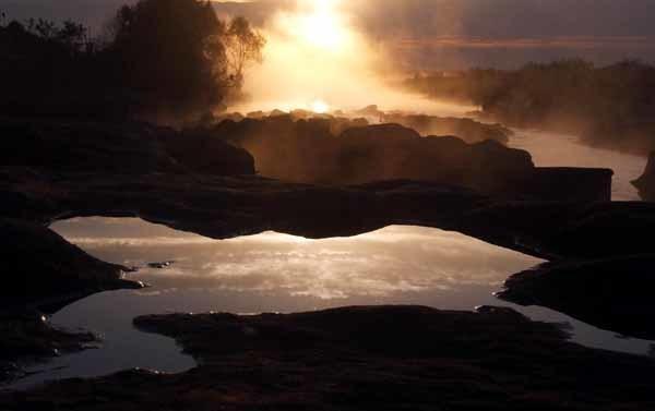 多摩川の霧_f0173596_11022913.jpg