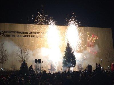 クリスマスツリーの点灯式_c0353373_21424642.jpg