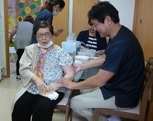 予防接種をしました_d0163307_15270034.jpg