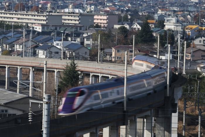 福島駅 新幹線の流し撮り (1)_d0106628_22062024.jpg