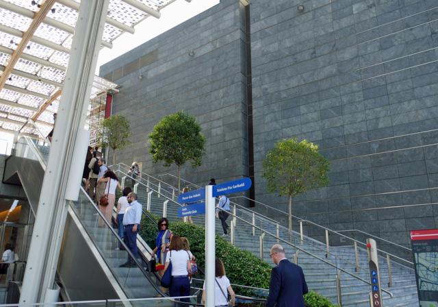 Porta Nuova地区 ミラノの新しい風景①_d0262144_15575256.jpg