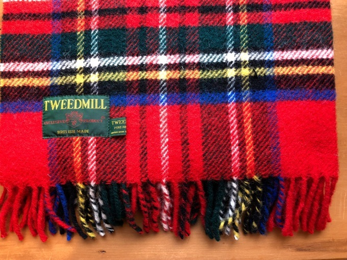 TWEED MILL   KNEE RUG_d0334060_16032894.jpg
