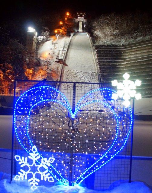 2017年11月27日(月)  冬の夜のきらめき(2)  大倉山_a0345007_11224214.jpg