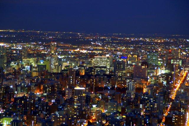 2017年11月27日(月)  冬の夜のきらめき(2)  大倉山_a0345007_11314132.jpg
