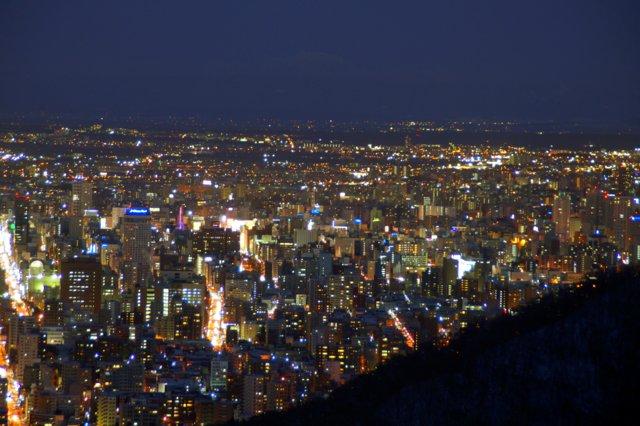 2017年11月27日(月)  冬の夜のきらめき(2)  大倉山_a0345007_11324474.jpg