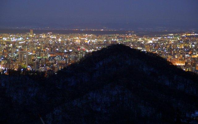 2017年11月27日(月)  冬の夜のきらめき(2)  大倉山_a0345007_11333353.jpg