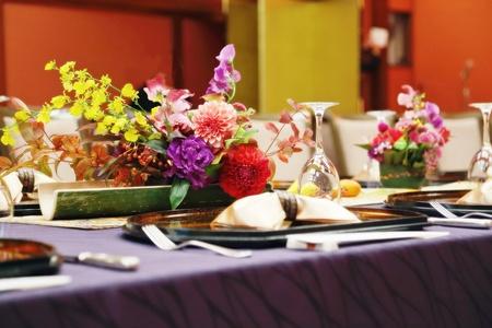 秋の装花 ホテル雅叙園東京 鷲の間様へ 青竹の器に華やかに_a0042928_13235280.jpg