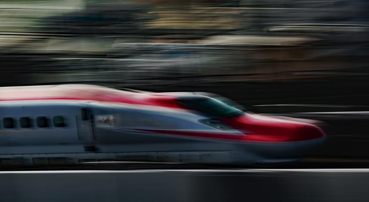 福島駅 新幹線の流し撮り (2)_d0106628_20482998.jpg