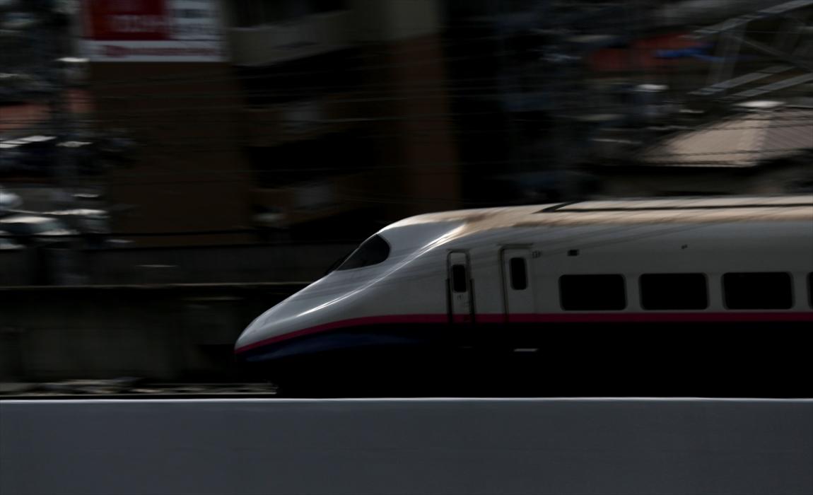 福島駅 新幹線の流し撮り (2)_d0106628_20485460.jpg