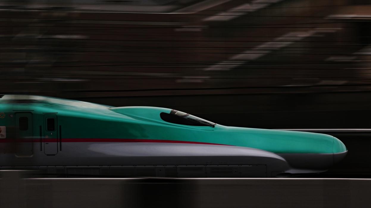 福島駅 新幹線の流し撮り (2)_d0106628_20490684.jpg