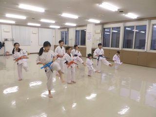 木曜空手 前田教室・手稲教室_c0118332_22043857.jpg