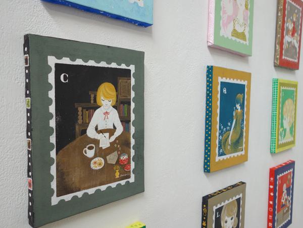 【村上トモミ イラスト展〜毎日が記念日】〜乙女心を切手シートに閉じ込めて!