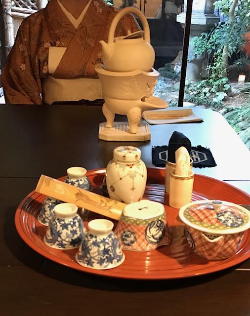 お煎茶の会・立礼席のお点前とお道具・明日は仕入れに_f0181251_1756660.jpg