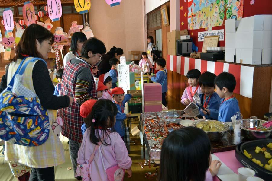 「ごっこ遊び」上宮第一幼稚園_d0353789_16103061.jpg