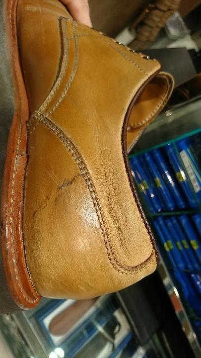 革靴、ラバーソールの黒ずみに!_b0226322_17122124.jpg