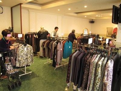 11月30日 洋服販売_e0163042_20081669.jpg