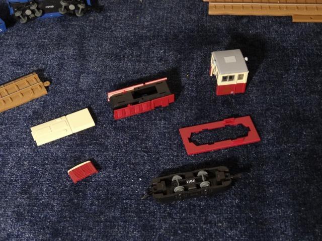 富井電鉄猫屋線 貨物列車旧塗装_a0359818_18124670.jpg