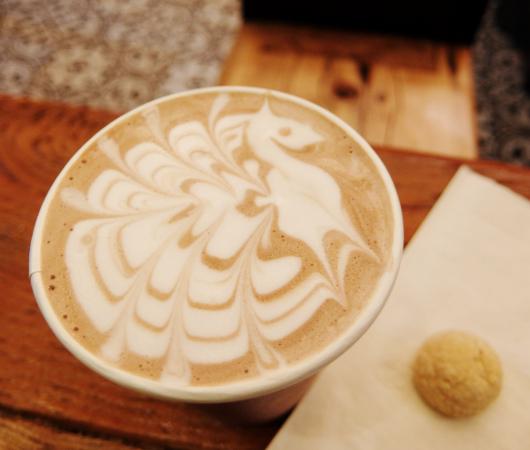 「Optimistic」(楽観的)という名のニューヨークのカフェ_b0007805_2215034.jpg