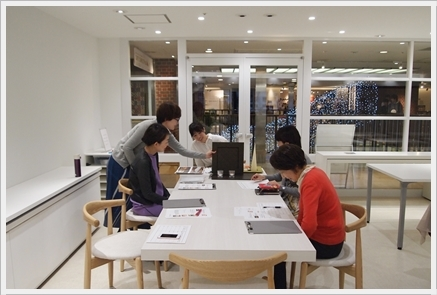 キャンドルで夜カフェ気分のテーブル ~インストラクタークラス_d0217944_21450565.jpg