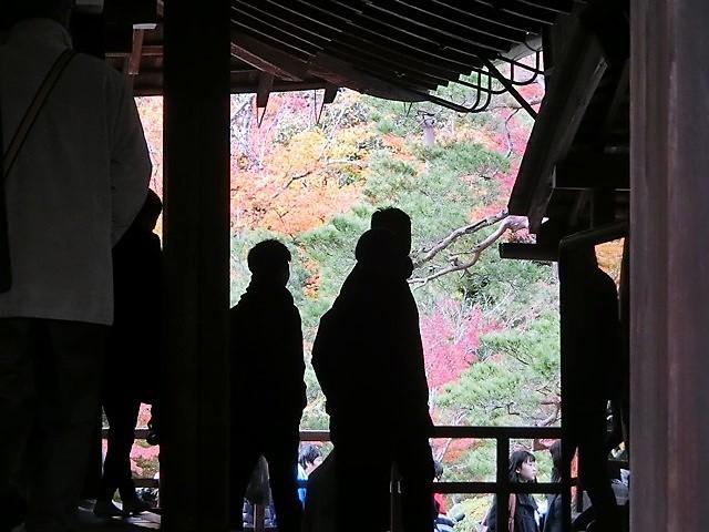 藤田八束の鉄道写真@京都の秋・・・天龍寺を訪ねて、冠雪した青森の霊峰岩木山_d0181492_08373267.jpg