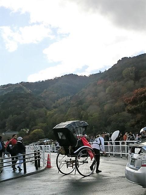 藤田八束の鉄道写真@京都の秋・・・天龍寺を訪ねて、冠雪した青森の霊峰岩木山_d0181492_08402683.jpg