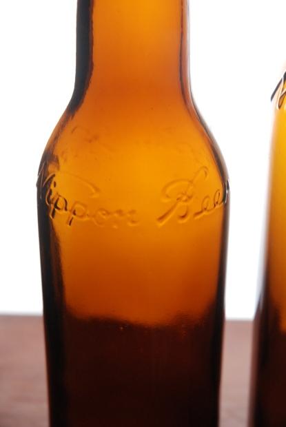 ビール瓶じゃっ! その2_d0359503_22204600.jpg