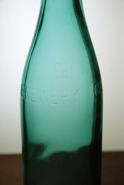 ビール瓶じゃっ! その2_d0359503_22224720.jpg