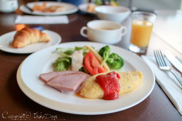 目移りしそうな豊富な朝食メニュー『マゼラン』:『ホテル・ニッコー・グアム』グアム(GUAM)_d0114093_7271490.jpg