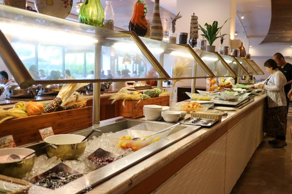目移りしそうな豊富な朝食メニュー『マゼラン』:『ホテル・ニッコー・グアム』グアム(GUAM)_d0114093_7272265.jpg