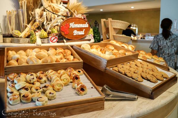 目移りしそうな豊富な朝食メニュー『マゼラン』:『ホテル・ニッコー・グアム』グアム(GUAM)_d0114093_7272968.jpg