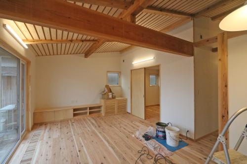 Q1住宅三種別棟:事務所の完了検査_e0054299_10233442.jpg