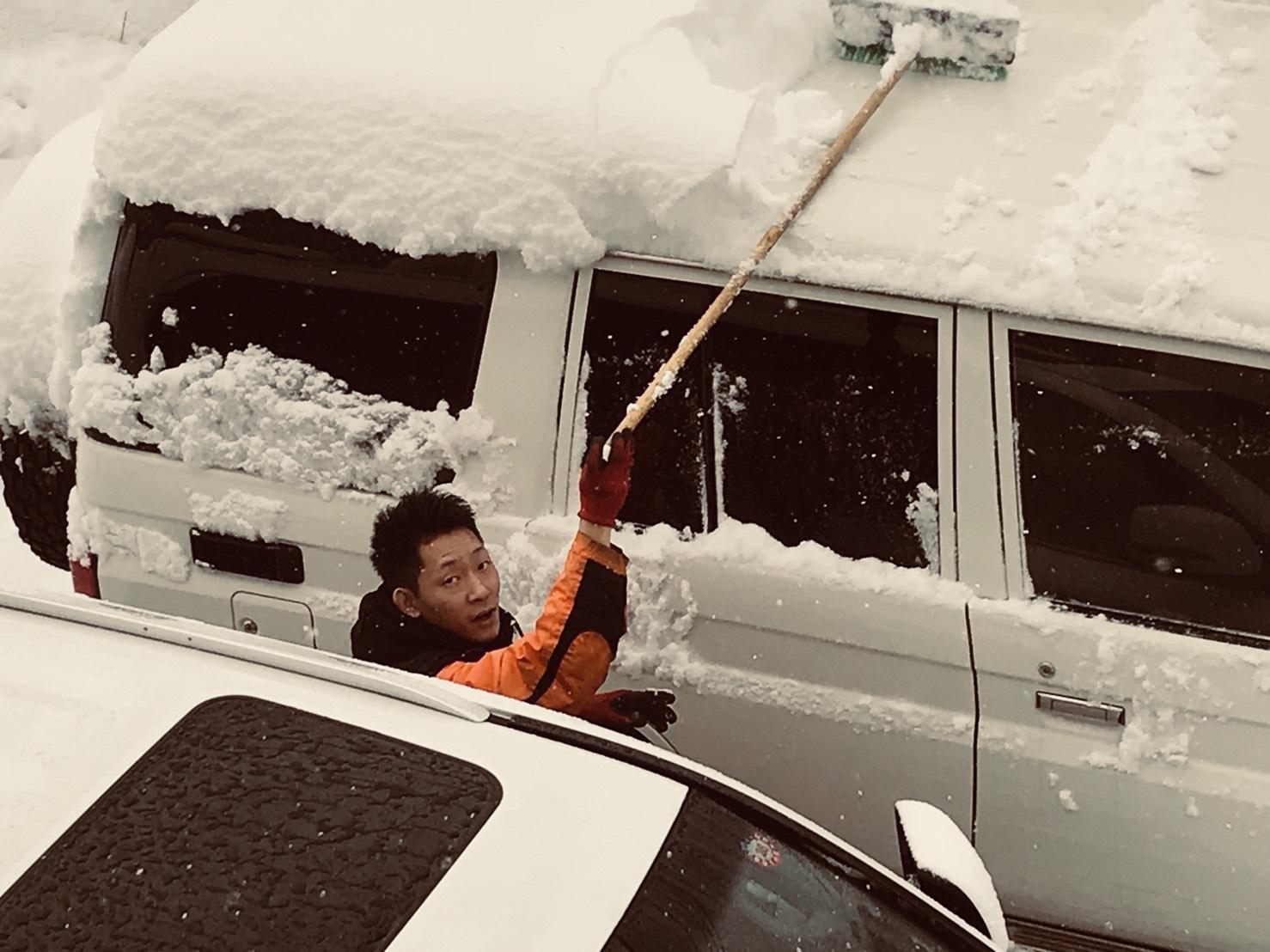 12月5日 火曜日のひとログ(´▽`) 除雪シーズン到来!!除雪車リース承り〼!自社ローン☆_b0127002_1784684.jpg