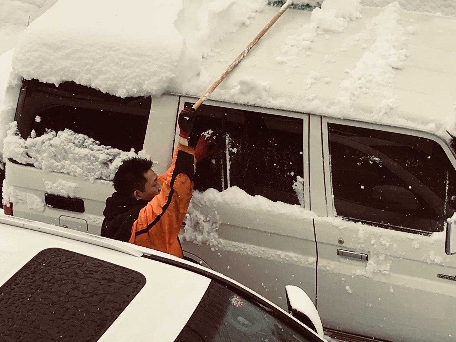 12月5日 火曜日のひとログ(´▽`) 除雪シーズン到来!!除雪車リース承り〼!自社ローン☆_b0127002_179037.jpg