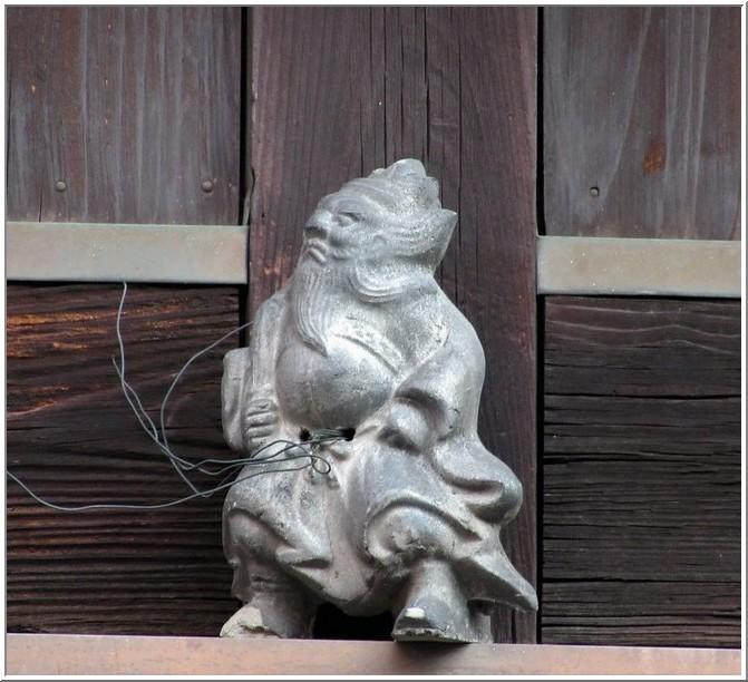 京都・高瀬川四季airで開催中の「洛中の鍾馗さんと鬼瓦展」を観る_b0104092_15564879.jpg