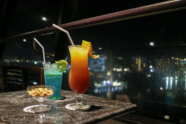 夜景に乾杯!食後はしばしの寛ぎタイム「桃李BAR」:『ホテル・ニッコー・グアム』グアム(GUAM)_d0114093_22552894.jpg