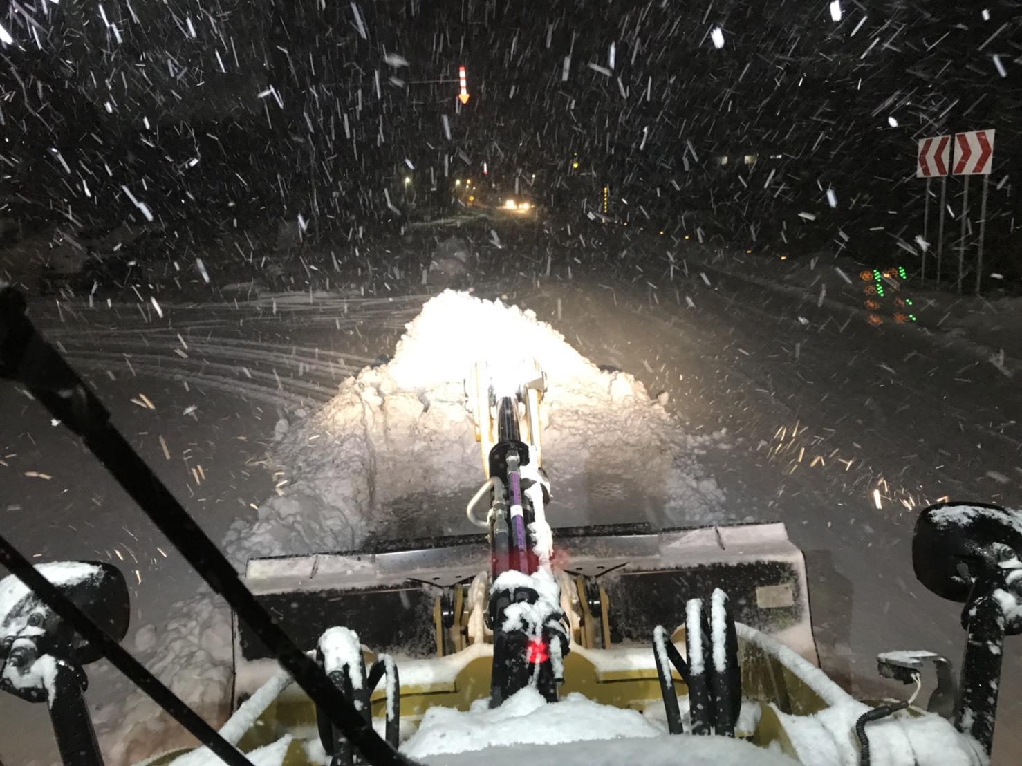 12月6日(水)トミーベース カスタムブログ☆カスタムされたハイエース☆_b0127002_10595093.jpg