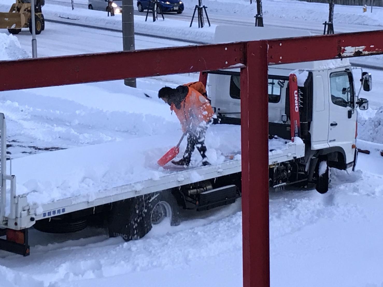 12月6日 水曜日のひとログ(。・Д・)ゞ 除雪車リース承り〼★ご相談もお気軽に!TOMMY_b0127002_17403742.jpg