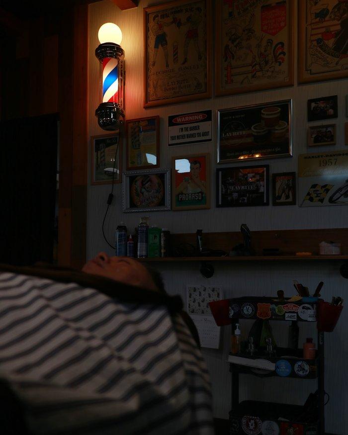 バーバーは眠れるところ。_d0205739_1722546.jpg