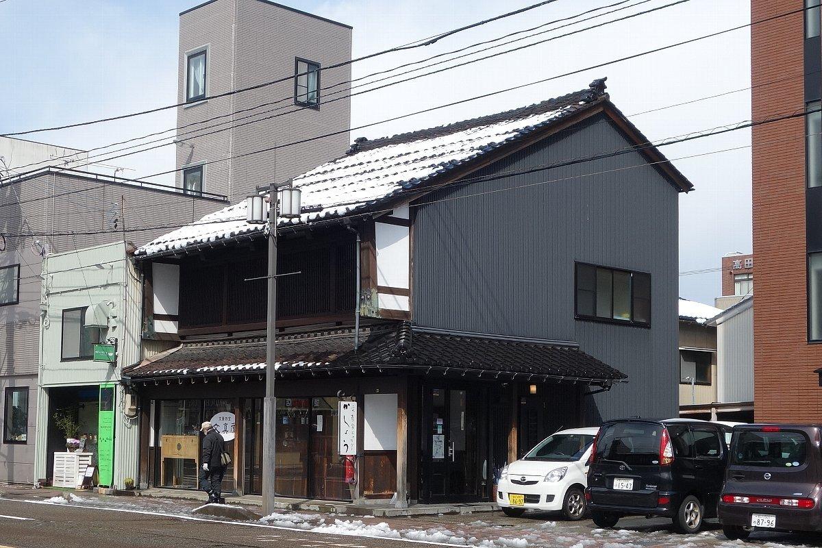 金沢市尾張町の建物群_c0112559_09114708.jpg